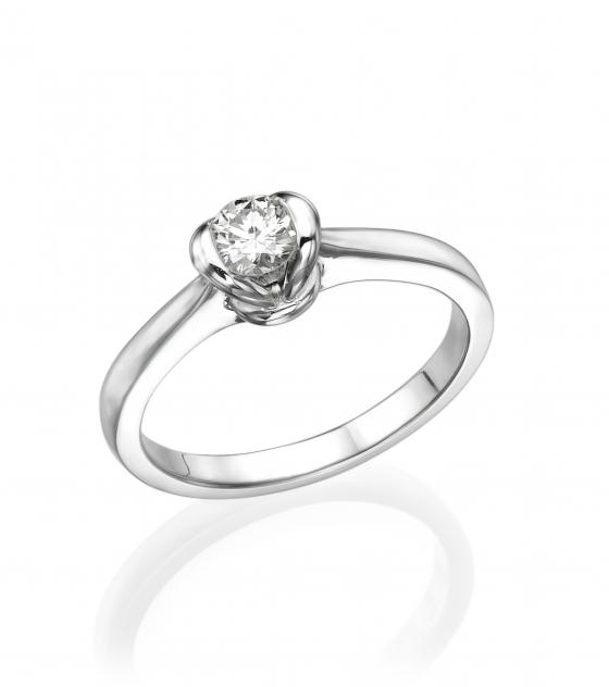 lips diamond ring